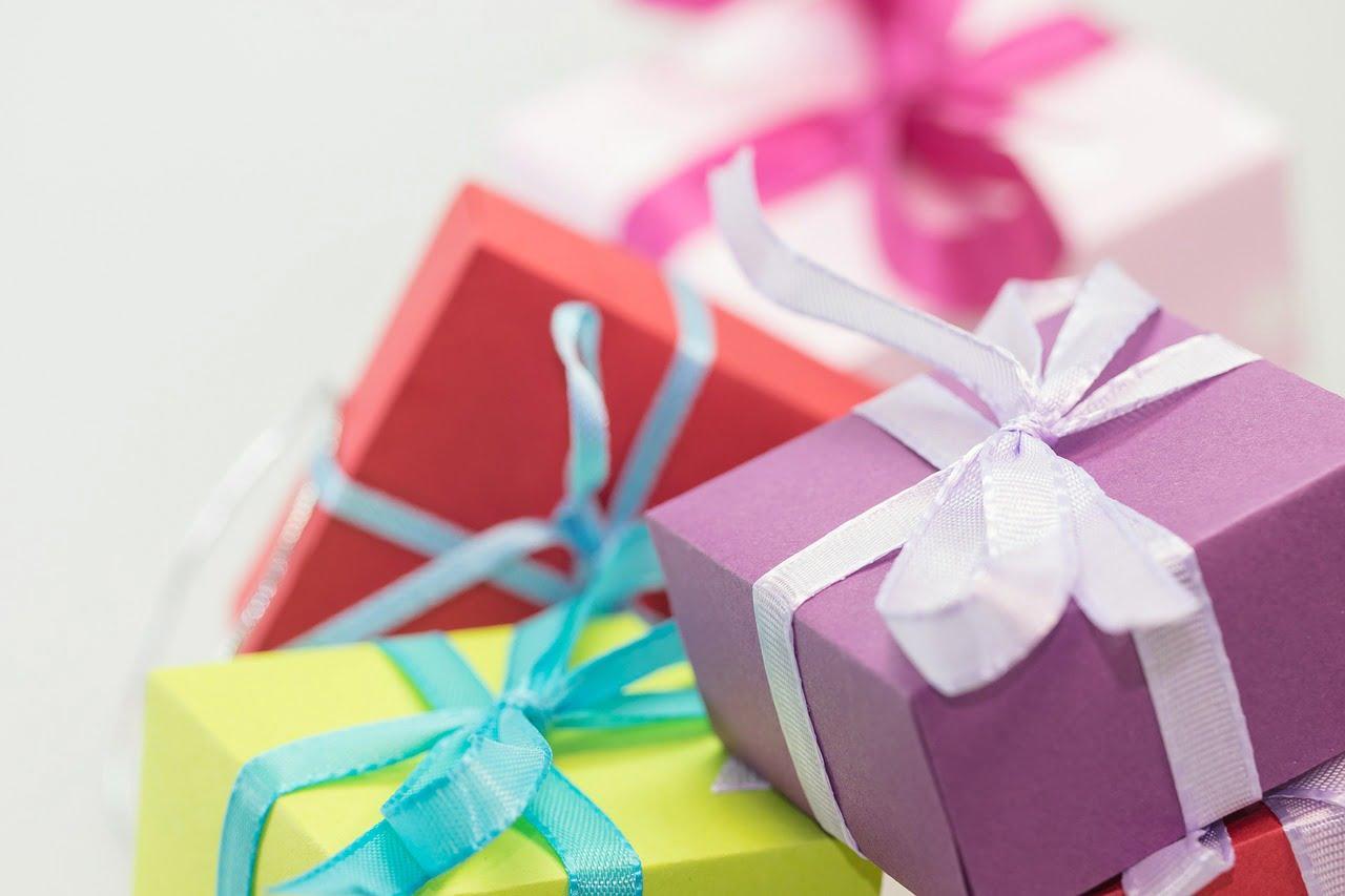 7 (splendide) idee regalo per far felice la tua donna