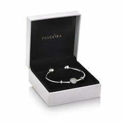 Bracciale Pandora per Natale